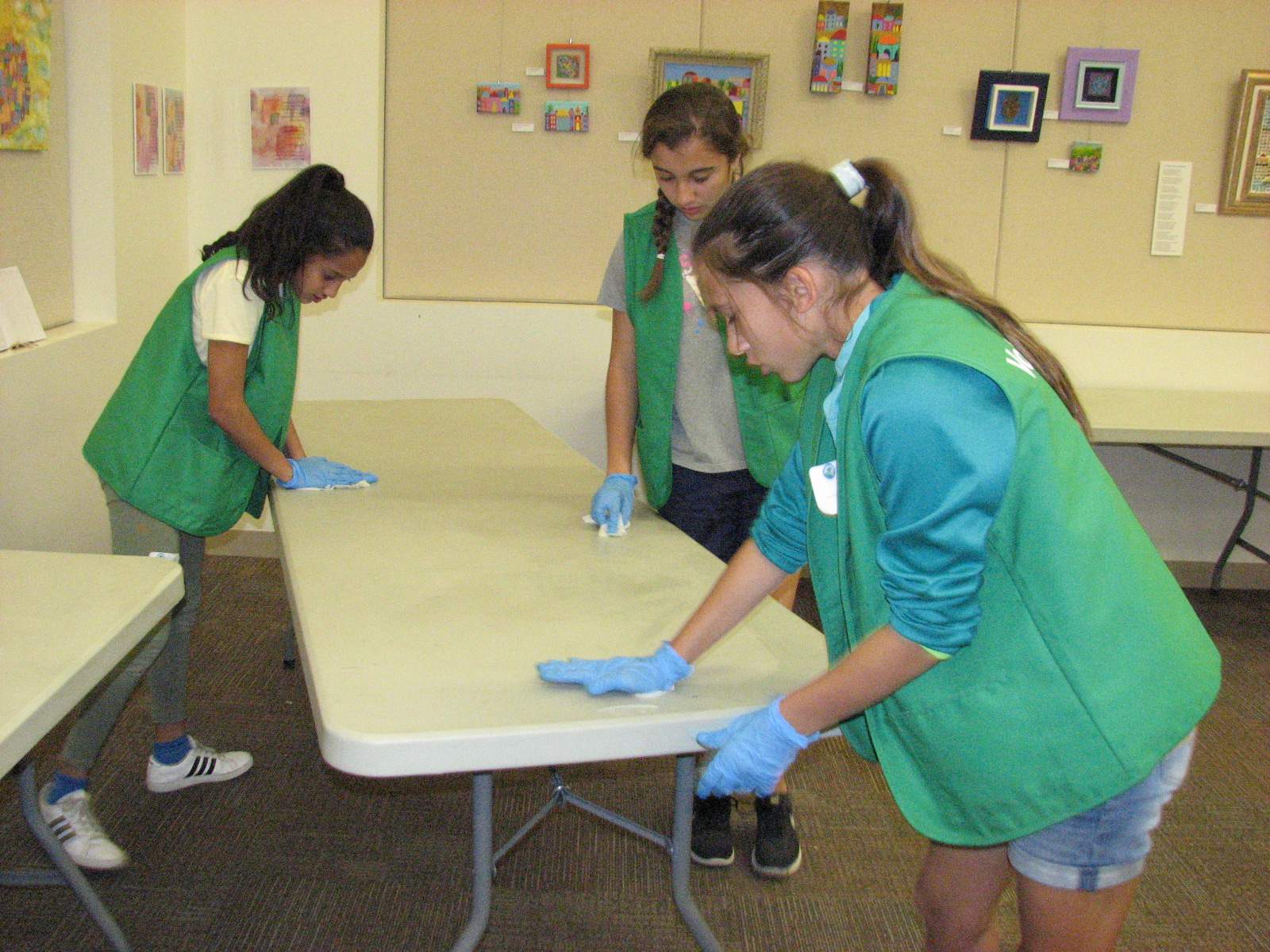 Tween Volunteers Got Busy with Spring Cleaning at the Libraries